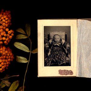 Teoskuva: Jensen Anita - Punctum Albums of Life 11.